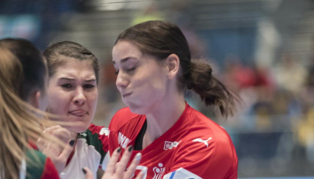 Dansk bajer-jubel og tårer i VM før Norge-duell: – Vi forbereder oss på et slagsmål