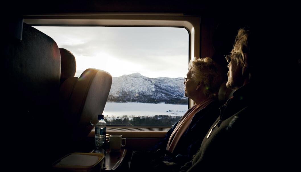 <strong>VAKKER REISE:</strong> Bergensbanen har forbundet Bergen og Oslo siden 1909, og har sitt høyeste punkt ved Finse stasjon. Bildet er tatt ved Gol, på vei mot Bergen. Foto: Tore Meek/NTB Scanpix