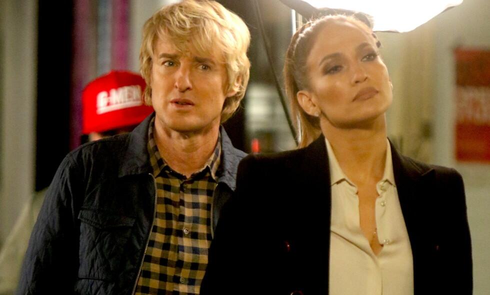 OPPTATT: Owen Wilson er aktuell med filmen «Marry Me» sammen med Jennifer Lopez (t.h.). Sin lille datter setter han av økonomiske midler til, men ønsker ikke å ha noe forhold til henne. Foto: NTB scanpix