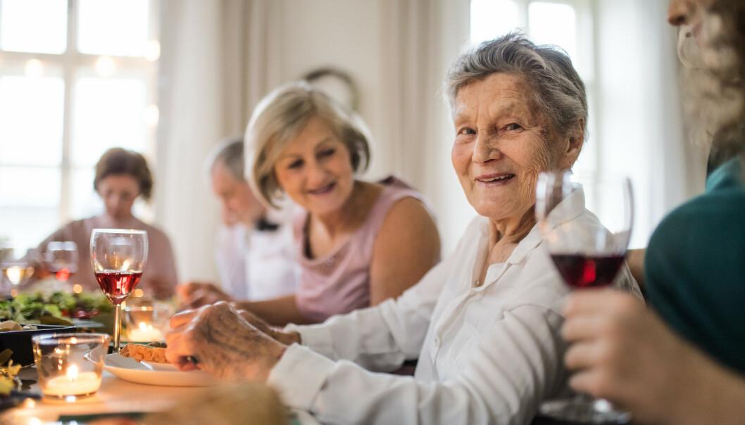 Reagerer på besteforeldres drikking: - De synes det er skummelt