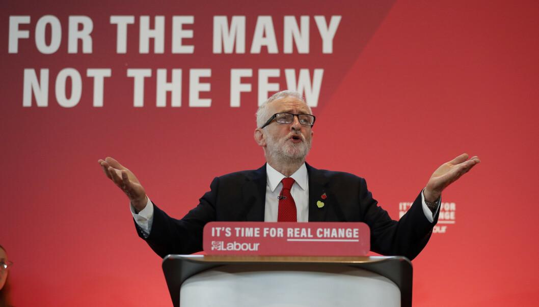<strong>SKAL TA DE SUPERRIKE:</strong> I oktober lovet partileder Jeremy Corbyn at han skulle gå etter landets superrike. Foto: Frank Augstein / AP / NTB Scanpix
