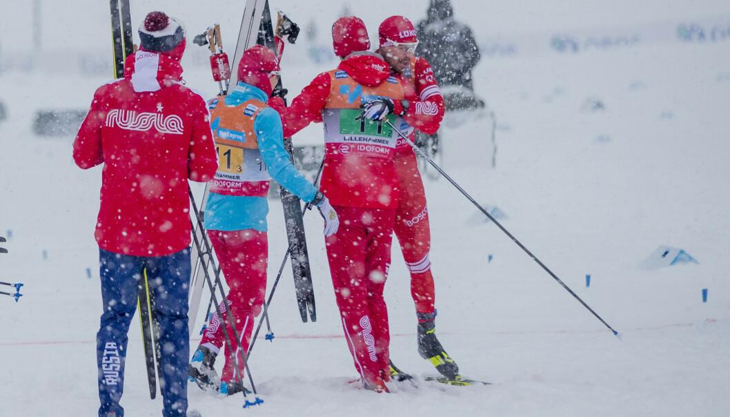 <strong>HERLIG GLEDE:</strong> De russiske langrennsgutta jubler etter dobbeltseieren i stafetten på Lillehammer sist søndag. Foto: Stian Lysberg Solum / NTB scanpix