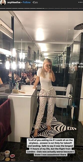 LANG FLYTUR: Sophie Elise Isachsen la ikke skjul på at hjemreisen var de lengste elleve timene av livet sitt. Foto: Skjermdump fra Instagram