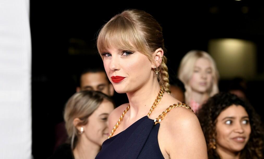 <strong>TORDNER:</strong> Taylor Swift (30) brukte takketalen på Billboard Women in Music»-utdelingen til å tordne mot musikkmanager Scooter Braun. Foto: NTB Scanpix