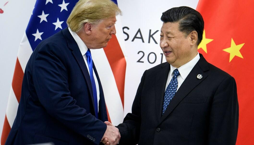 <strong>ENIGE:</strong> President Donald Trump og president Xi Jinping er enige om første steg i en handelsavtale. Foto: Brendan Smialowski / AFP / NTB scanpix