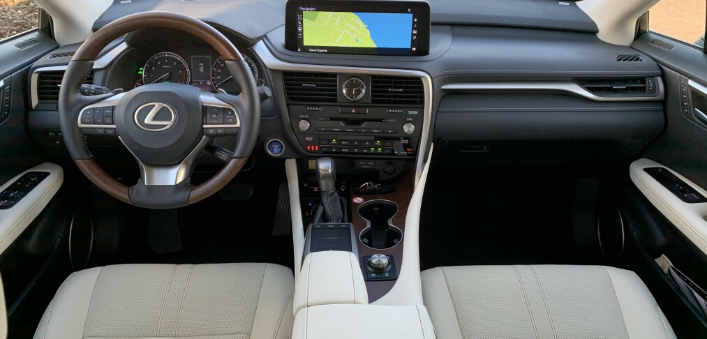 Raffinert direktør-SUV i test
