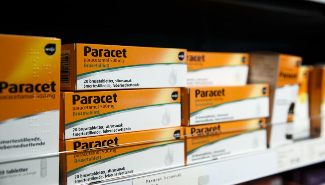 <strong>PARACETMANGEL:</strong> Akkurat nå er det mangel på Paracet i flytende form. Apotekerforeningen anbefaler bruk av alternativer, som for eksempel brusetabletter. Foto: NTB Scanpix
