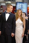 Er Jennifer Aniston dating Brad Pitt