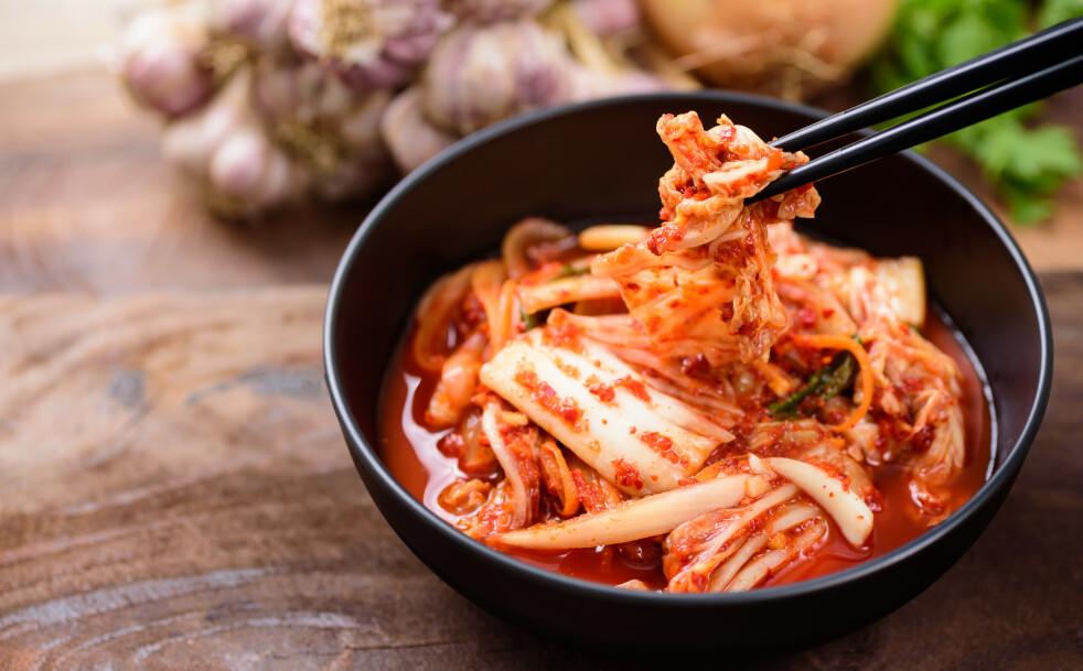 <strong>FIBERRIK OG KALORIFATTIG:</strong> Kimchi er sunt, og har ifølge ekspertene en rekke helsefordeler. FOTO: NTB Scanpix