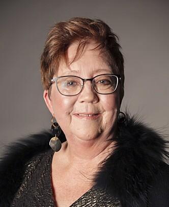 RØDE OMRÅDER: Anne Lisbeth bør bruke en god primer som dekker røde områder i huden.