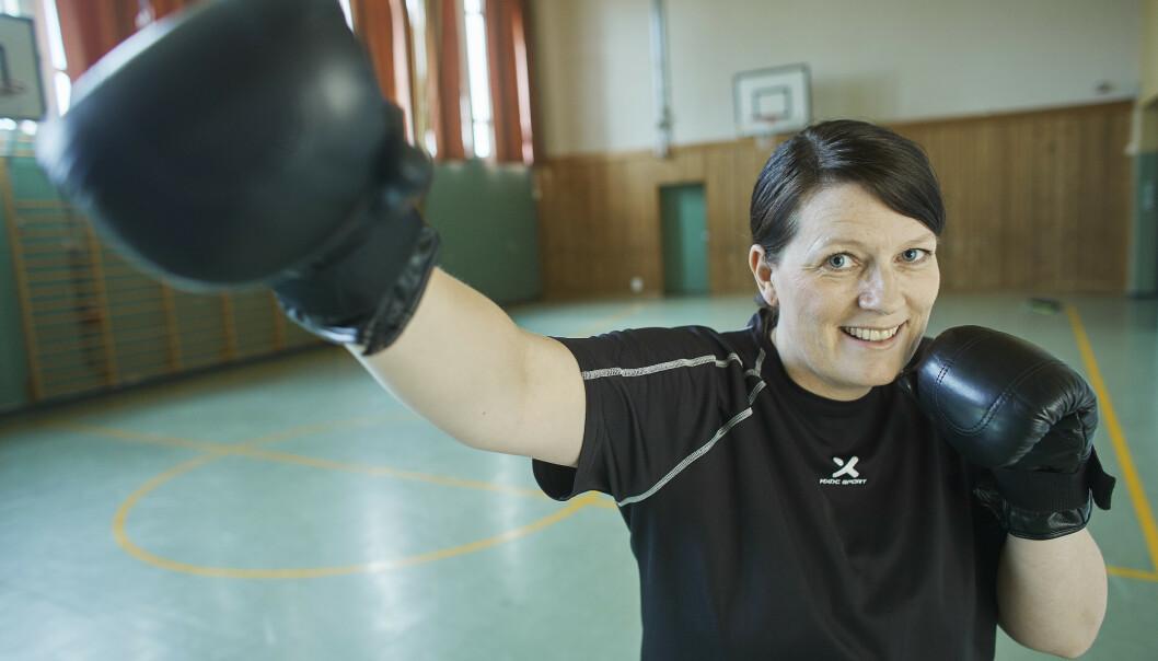 NYTT LIV: Hege er bokseinstruktør og lever mye friere nå som hun har fått insulinpumpe. FOTO: Bård Gudim