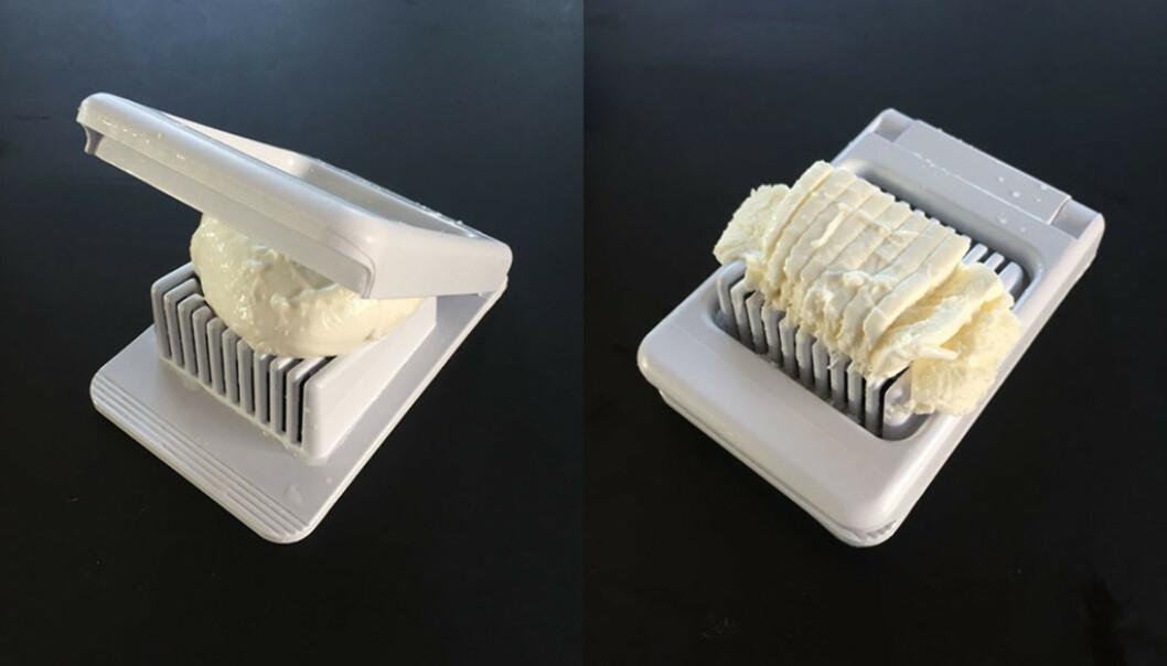 Du kan dele myke oster opp i biter, for eksempel mozarella som vi har gjort her. Foto: Linn Merete Rognø.