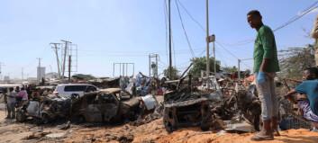 Minst 76 døde i bilbombe i Mogadishu