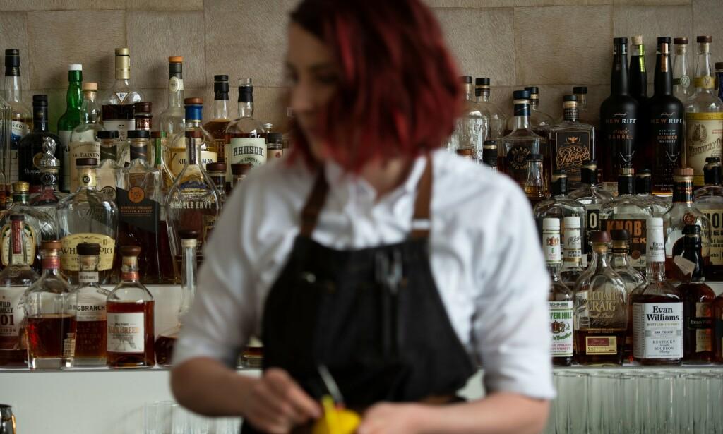 EKSPERTER ROPER VARSKO: Etterspørselen etter sjeldne flasker med whisky har skutt i været de siste åra. Det fører med seg flere fallgruver. Illustrasjonsfoto: NTB Scanpix