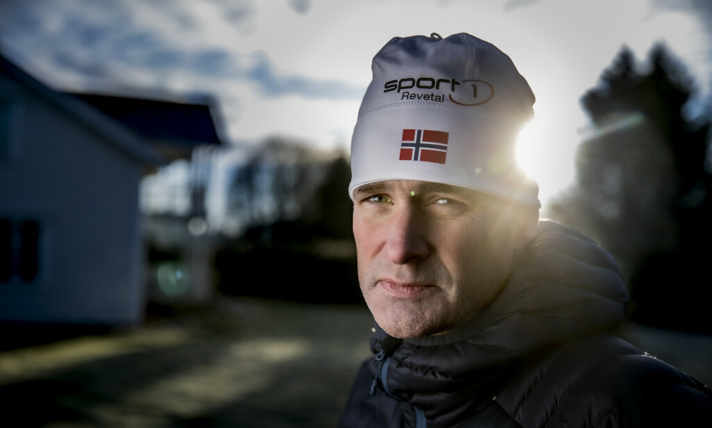 KRITISK TIL INFO: - De sa fluorsmøringen var helt ufarlig, forteller Jon Erik Knotten, Swix-smører fra 1990-tallet og fram til 2002. I dag er han alvorlig kreftsyk, og utelukker ikke at fluorsmøring uten beskyttelse kan ha medvirket til sykdommen. Foto: Bjørn Langsem / Dagbladet