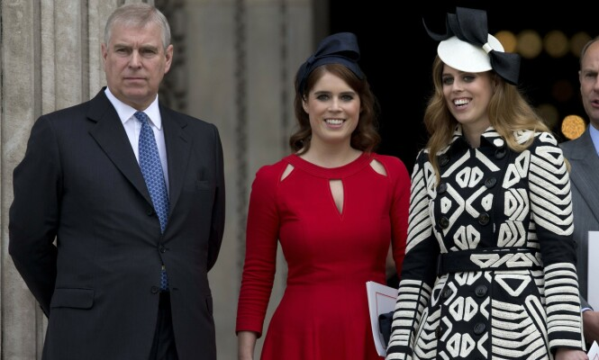 FAR OG DØTRE: Prins Andrews sexskandale skal angivelig få konsekvenser for datteren prinsesse Beatrice (til høyre) sitt kommende bryllup. Foto: NTB Scanpix