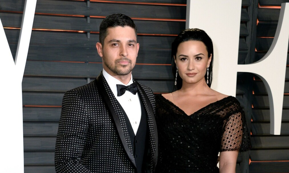 FORLOVET: Demi Lovatos ekskjæreste har forlovet seg med modellen Amanda Pacheco. Her er eksparet sammen i februar 2016 - bare måneder før forholdet tok slutt. Foto: NTB Scanpix