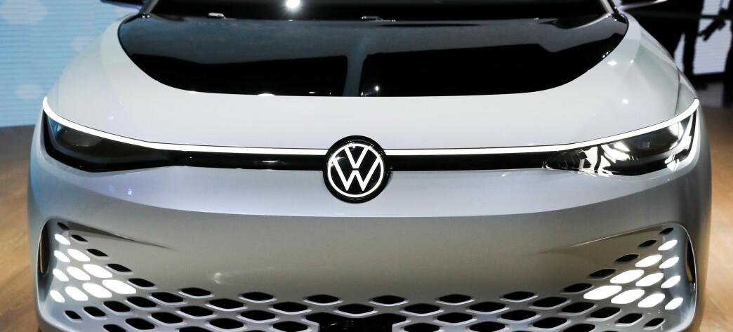 <strong>FREMTIDENS GTI:</strong> VW kommer til å la GTI leve leve videre i de elektriske bilene med betegnelsen GTX. Foto: REUTERS/Lucy Nicholson
