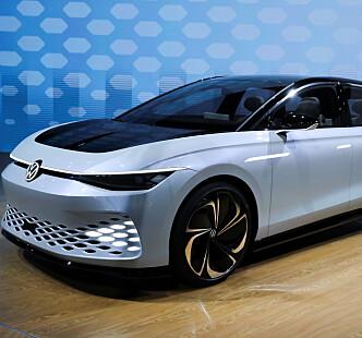 <strong>KONSEPTBIL:</strong> Volkswagen ID. Space Vizzion-konseptbilen ble vist fram på bilmessa i Los Angeles i november i fjor. Foto: Reuters/Lucy Nicholson