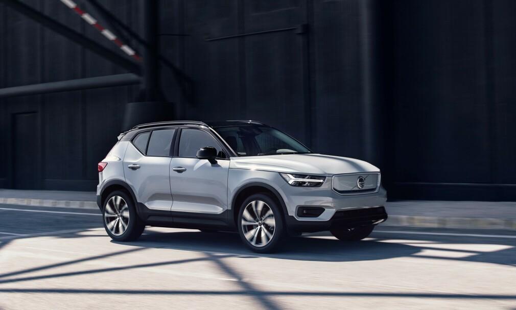 NY REKORD: Volvo har igjen satt ny global salgsrekord. Fra uke 3 kan Volvo nordmenn bestille elbilen XC40 Recharge, noe som kan fikse merkets <i>negative trend</i> i Norge. Foto: Volvo