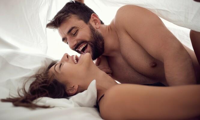 <strong>BEDRE ELSKERE:</strong> Berling forteller at menn blir mer nytelsesorientert med årene. Slett ikke dumt! FOTO: Scanpix