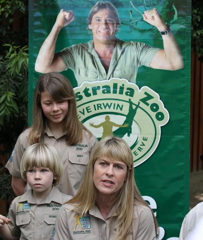 DRIVER DYRESYKEHUS: Steve Irvins familie driver fortsatt den kombinerte dyrehagen-og dyresykehuset som Steve Irwin startet i sin tid. Foto: NTB Scanpix