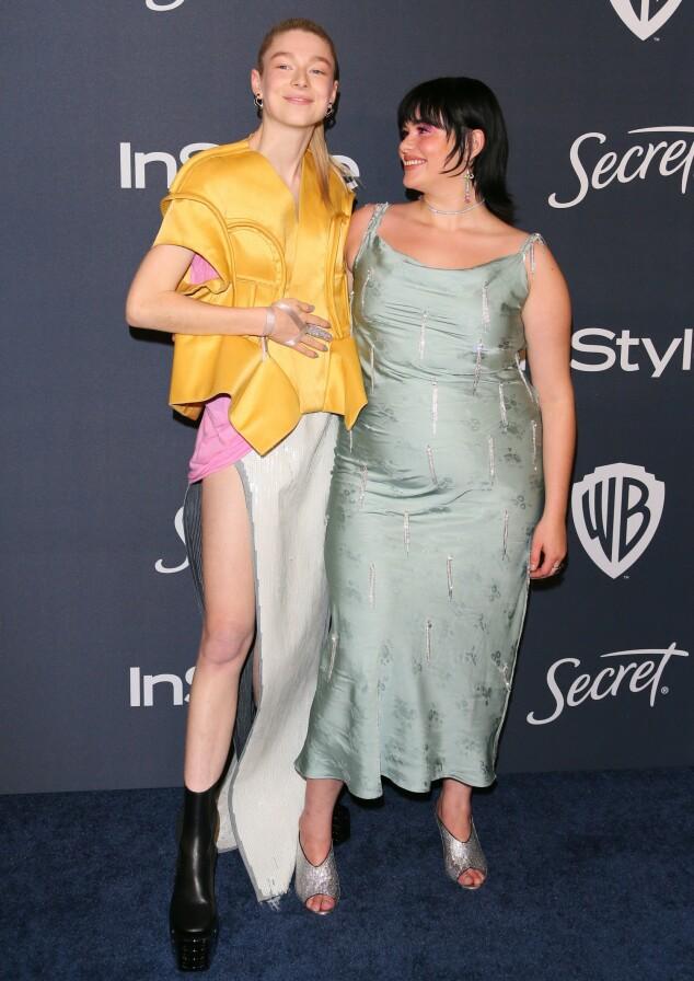 HUNTER SCHAFER: Skuespilleren så ut til å kose seg med «Euphoria»-kollega Barbie Ferreira på etterfesten til InStyle og Warner Bros. Foto: NTB scanpix