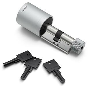 TRE NØKLER: Netatmo Smart Door Lock and Keys kommer med tre fysiske nøkler. Foto: Netatmo