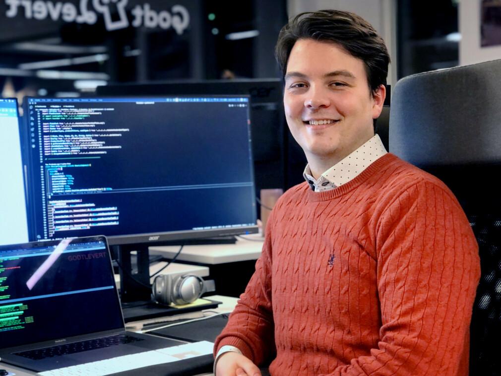Joachim H. Nakken er frontend-utvikler hos Godtlevertgruppen AS. Og det har han blitt gjennom jobben. 📸: Privat