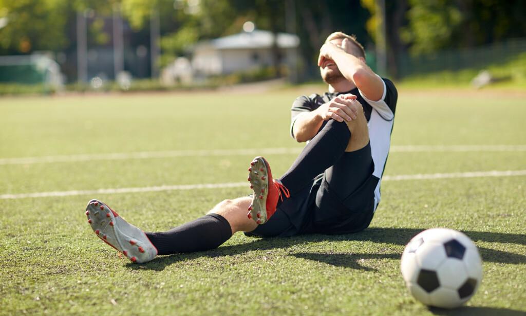 FOTBALLSKADER: Man kan pådra seg flere skader når man spiller fotball. Foto: Shutterstock / NTB Scanpix