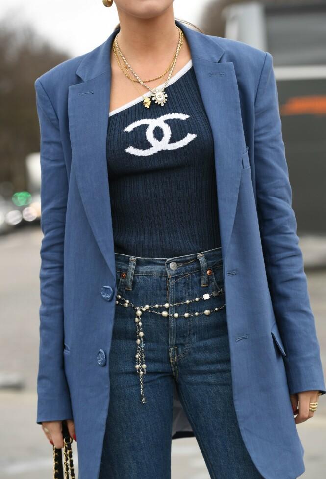 BLÅTONER: Vi elsker hvordan Darja har brukt ulike nyanser av blått for å skape denne looken. Foto: NTB Scanpix