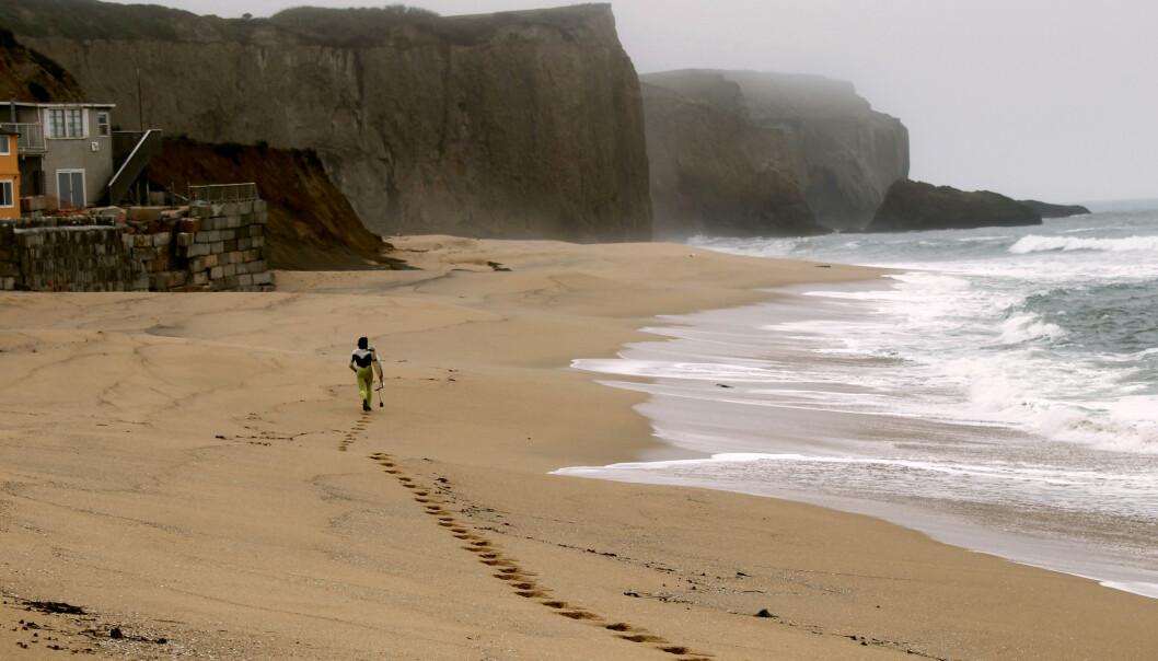 <strong>STRANDKRIG:</strong> California saksøker Vinod Khosla for å ha nektet befolkningen tilgang til denne sandstranda. Foto: NTB Scanpix