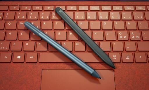 NY PENN: Den «gamle» Surface Pen til venstre, den nye og slanke til høyre. Foto: Martin Kynningsrud Størbu