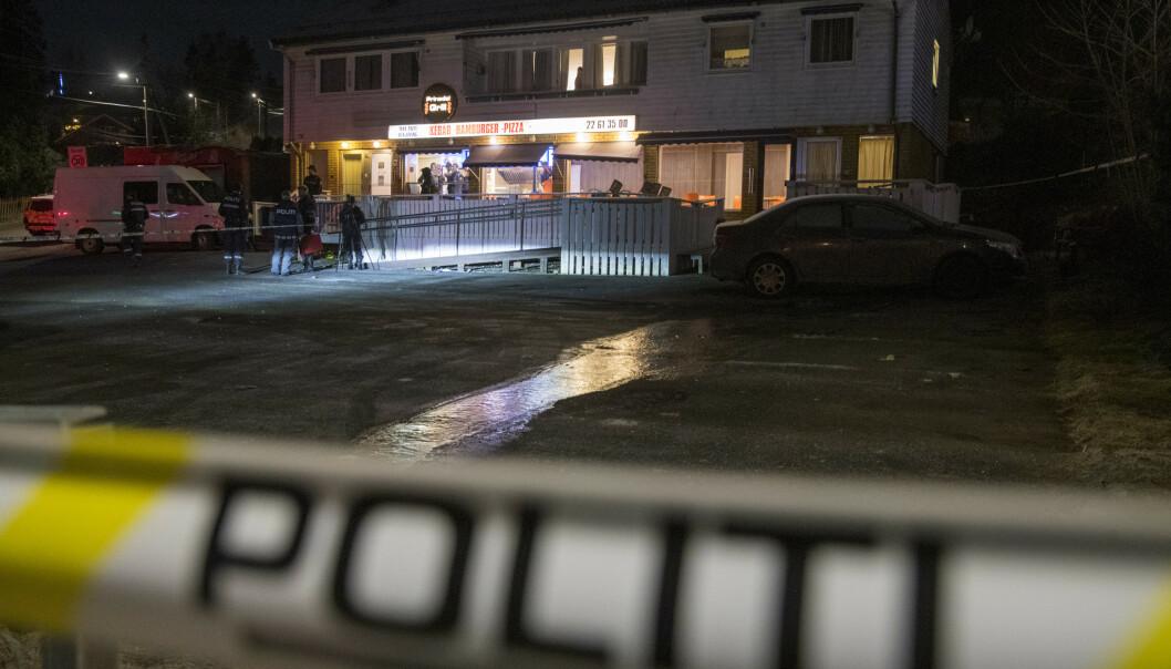 Mannen som skjøt og drepte en 21 år gammel mann i Prinsdal i Oslo sent fredag kveld, er fortsatt på frifot. Foto: Terje Pedersen / NTB scanpix