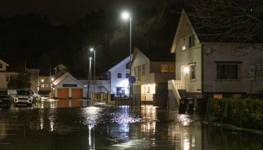 Vannstanden mindre dramatisk enn fryktet i Sør-Norge