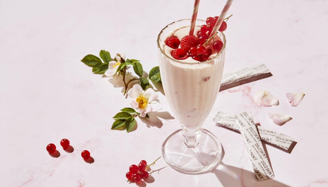VALGFRI MAT ELLER DRIKKE: Kollagenpulveret kan for eksempel blandes i vann, kaffe, eller som her – en deilig smoothie.