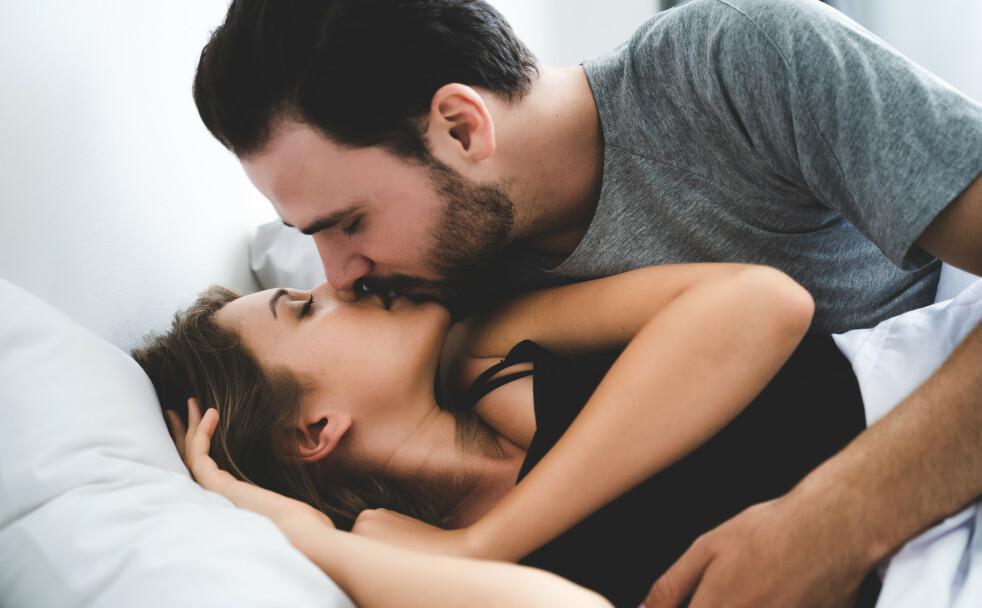 ORGASME PÅ HALSEN ELLER I ØRET: - Den største erogene sonen vi har er huden vår, og både kvinner og menn kan oppnå nytelse og orgasme av å bli berørt andre steder på kroppen, sier eksperten. FOTO: NTB Scanpix