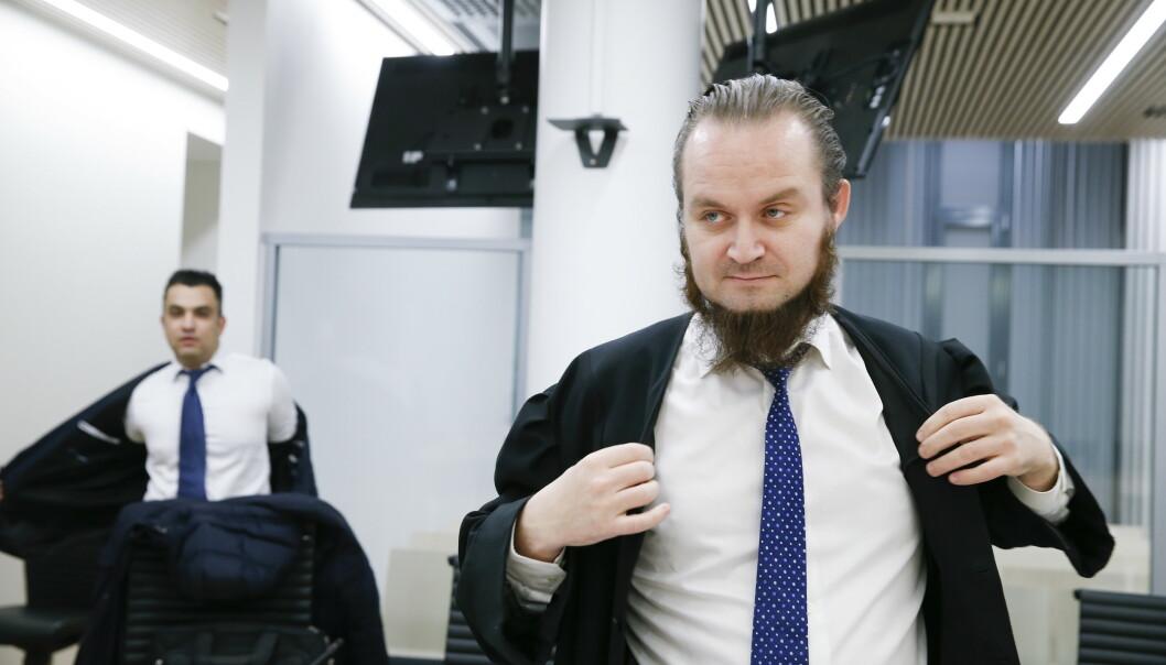 Advokat Nils Christian Nordhus (t.h) varsler pressekonferanse. Foto: Terje Pedersen / NTB scanpix