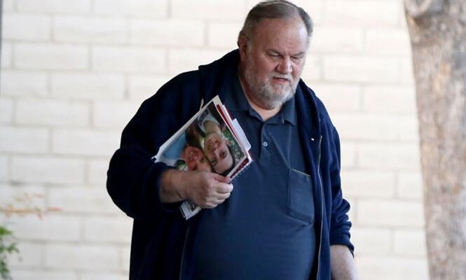 KRITISK: Thomas Markle mener datteren besudler institusjonen som det britiske kongehuset er. Foto: NTB scanpix