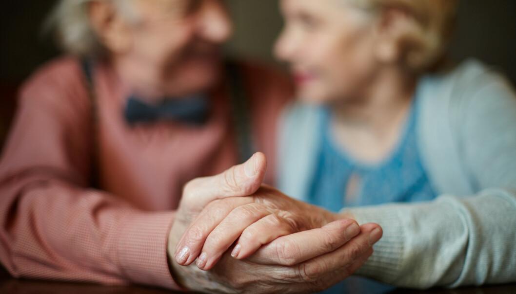 LANGVARIG KJÆRLIGHET: Tillit til hverandre gir et langt samliv. FOTO: NTB Scanpix
