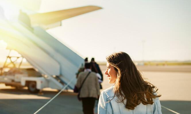 <strong>UT PÅ TUR:</strong> Det finnes et par knep man lære seg før man skal ut å fly, slik at reisen blir ekstra behagelig. Vi har listet opp våre favoritt-flyhacks under! FOTO: NTB scanpix