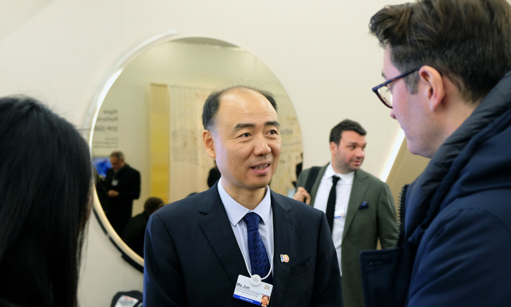 TOMME LØFTER: Ma Jun er oppgitt over det han beskriver som tomme løfter fra verdenseliten i Davos. Foto: Nicolai Eriksen