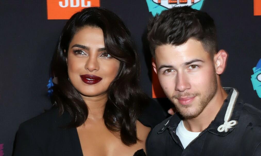 LYKKELIG GIFT: Da Priyanka Chopra og Nick Jonas først begynte å date gikk det fort i svingene for turtelduene. Foto: NTB Scanpix