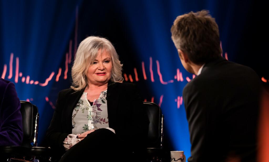 SNAKKER UT: Olav Bjørshol og Marianne Behn minnes sønnen på «Skavlan». Foto: TV 2
