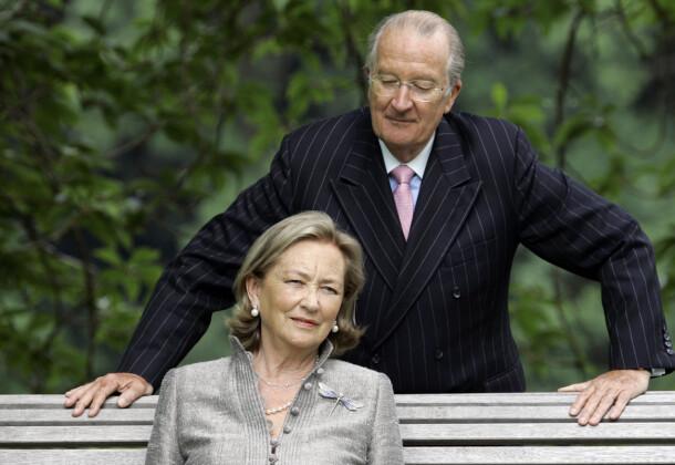 SKANDALE: Tidligere kong Albert II har vært gift med Paola av Belgia i over 60 år. De to er fortsatt gift, til tross for den pikante farskapssaken. Her er de avbildet i 2008. Foto: AP/ NTB scanpix