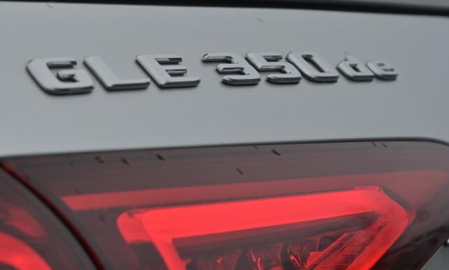 DIESEL-ELEKTRISK: Mercedes kjører storoffensiv på hybrider for tiden og har både mildhybrider, ladbart med både bensin- og dieselmotor. GLE fås også med ladbar bensin i enkelte markeder, men er langt på nær så effektiv som denne. Foto: Rune M. Nesheim