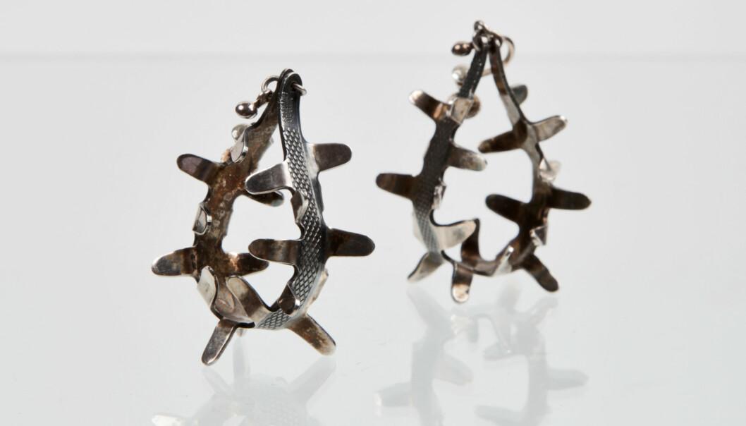 Grete Prytz Kittelsens ørepynt i oksidert sølv for J. Tostrup i 1950-årene er relativt sjeldne. Estimert verdi ligger på rundt kr 5 000. Foto: matslinder.no