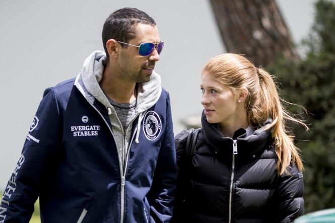 PENT PAR: Nylig kunne Jennifer Gates melde at hun hadde forlovet seg med kjæresten - den egyptiske sprangrytteren Nayal Nassar. Her er paret fotografert på et stevne. Foto: NTB scanpix