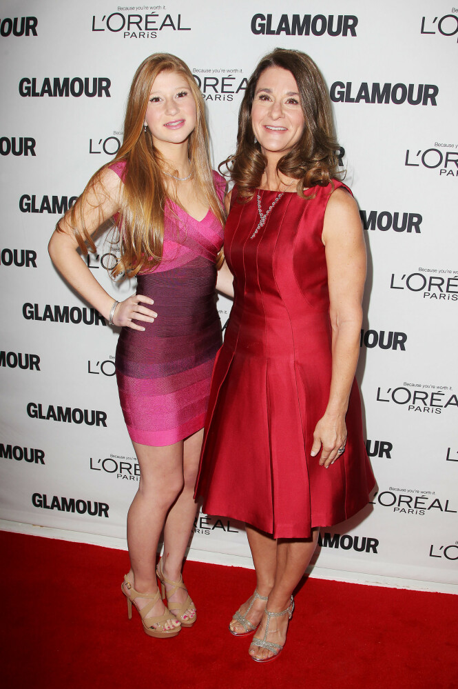 STOLT: Mamma Belinda Gates har på sin Instagram-konto delt at hun er begeistret over datteras forlovelse. Her på rød løper sammen i 2013. Foto: NTB scanpix