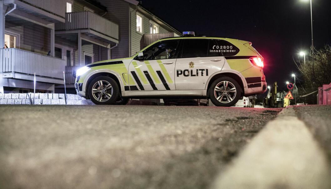 Kvinnen i 30-årene ble funnet død i en leilighet i et boligområde litt utenfor Sandefjord sentrum søndag ettermiddag. Foto: Trond Reidar Teigen / NTB scanpix.
